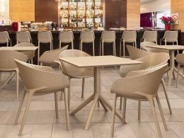 4 Sky Chairs and Sky 80 Set in Taupe